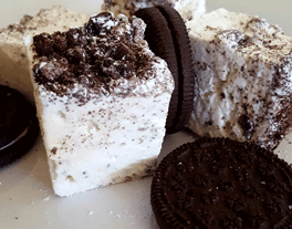 Marshmallows with cookie topping